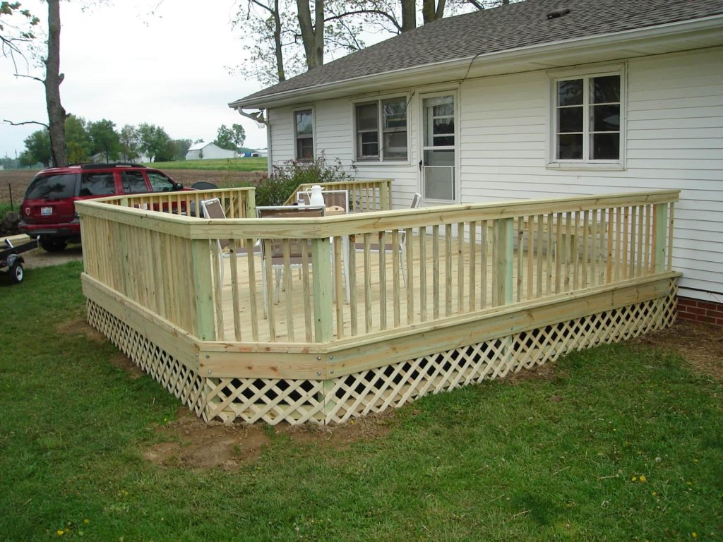 how to build a 12 x 12 deck free standing