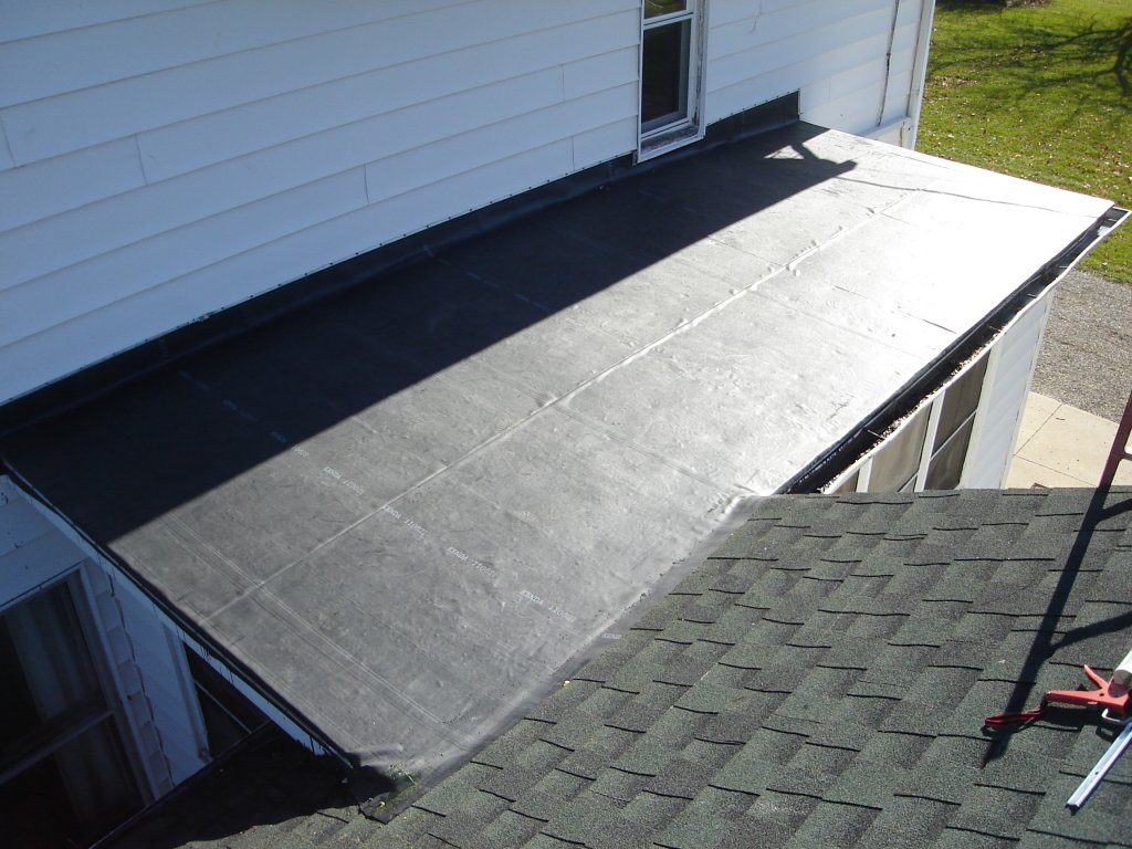 How To Install Fully Adhered Rubber Roof 85