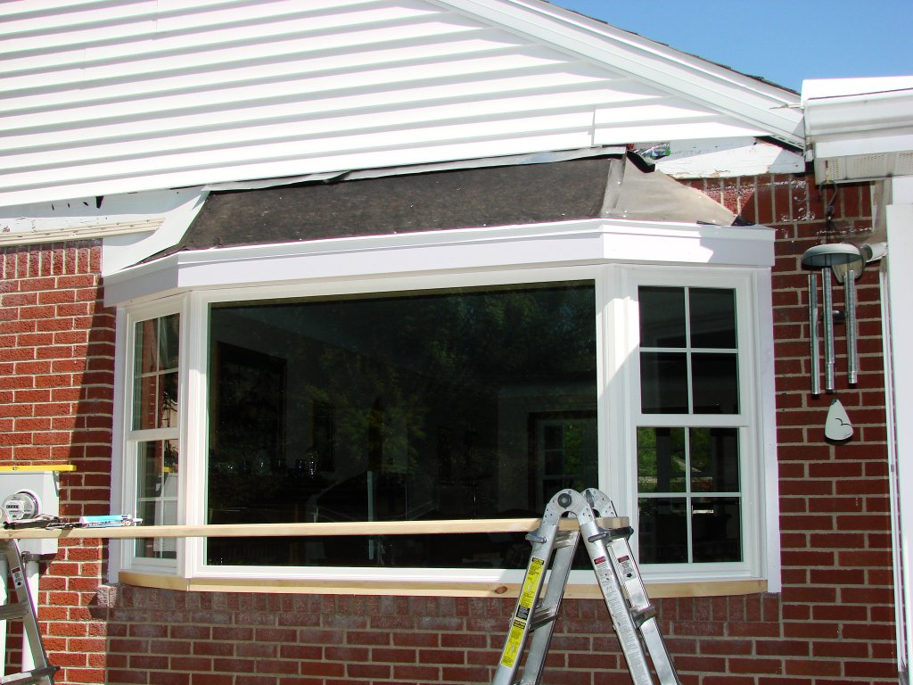 Bay Window Installation : Bay window installation roof construction bryan ohio