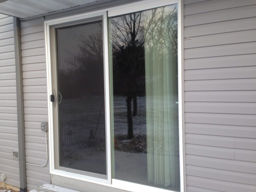 Jeld wen sliding patio door installation edgerton ohio for Sliding glass door screen