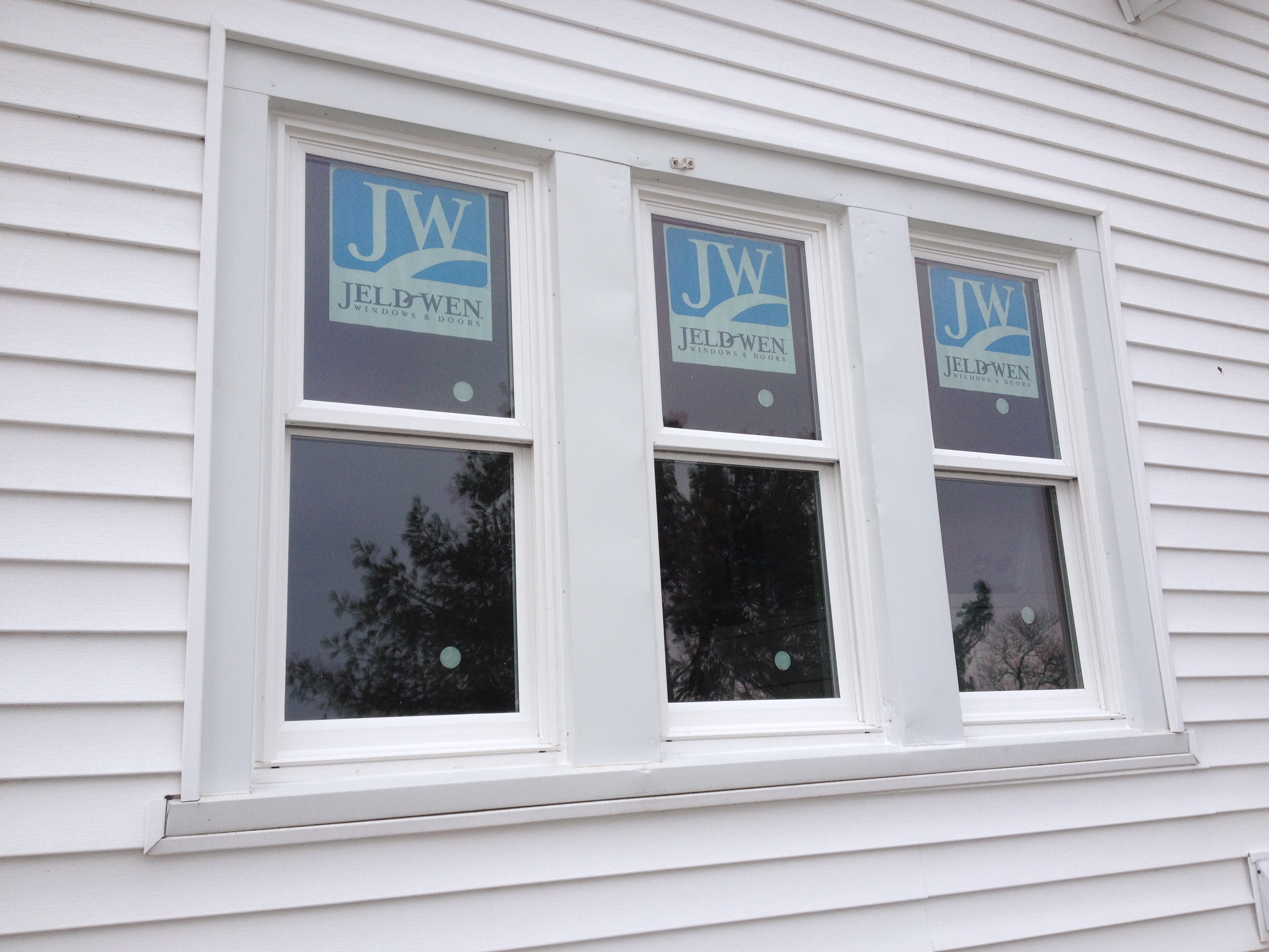 100 double hung replacement vinyl windows shop jeld wen Best vinyl windows reviews