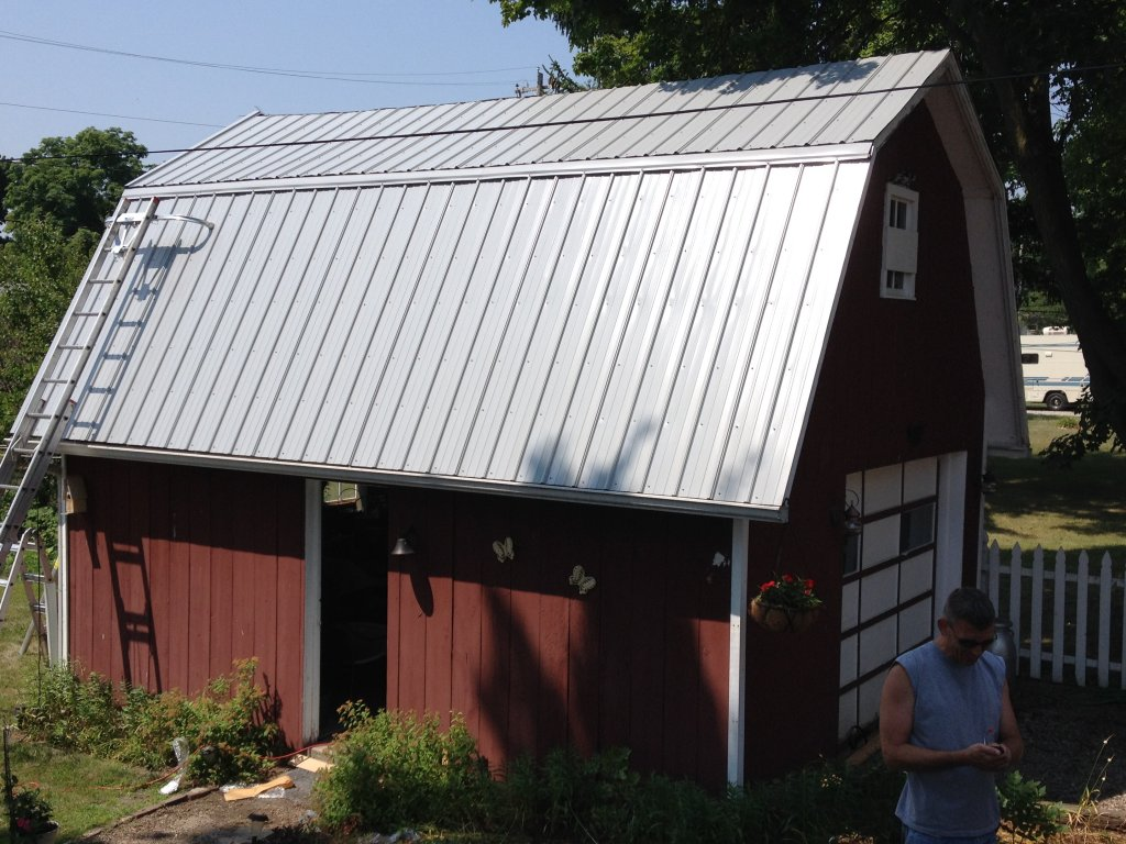 Gambrel roof barn the image kid has it for Gambrel roof metal building