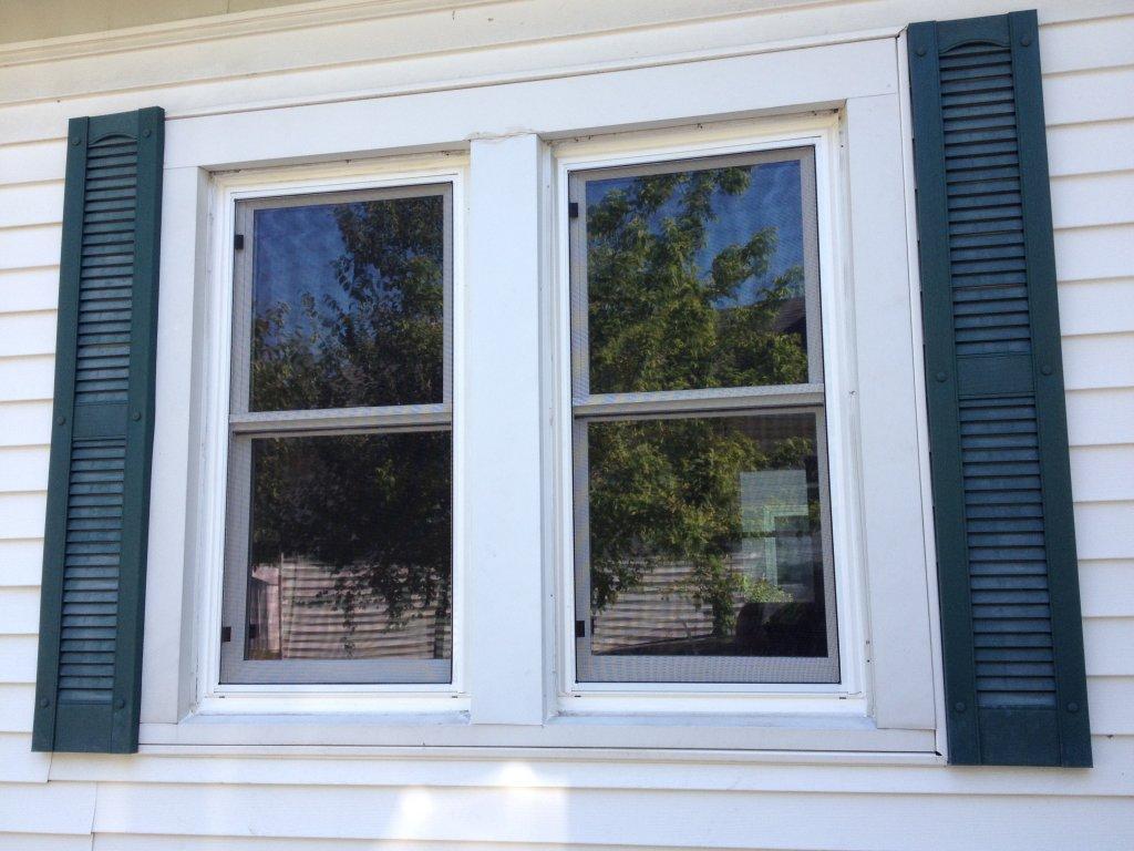 Jeldwen vinyl replacement windows hicksville ohio for New construction vinyl windows reviews