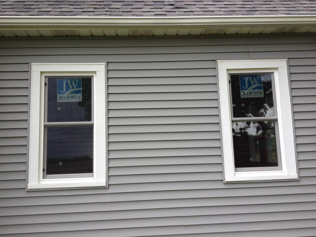 Jeldwen vinyl pocket window installation edgerton ohio for Top replacement windows