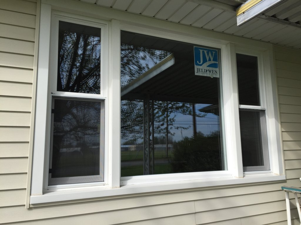 Jeld wen vinyl replacement windows hicksville ohio for Home window replacement