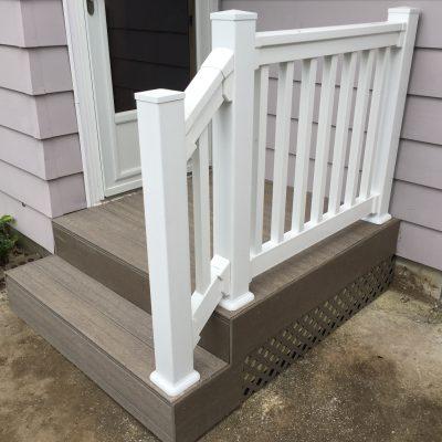 UltraDeck Composite Porch – Antwerp, Ohio