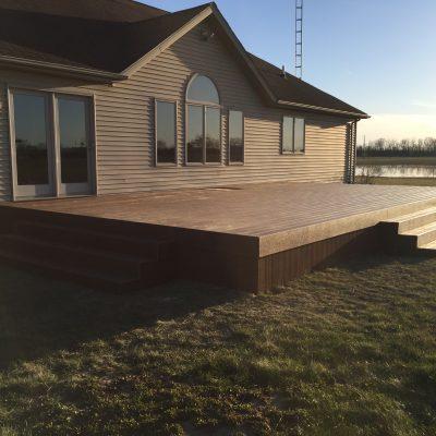18 x 32 Composite Deck – Ney, Ohio