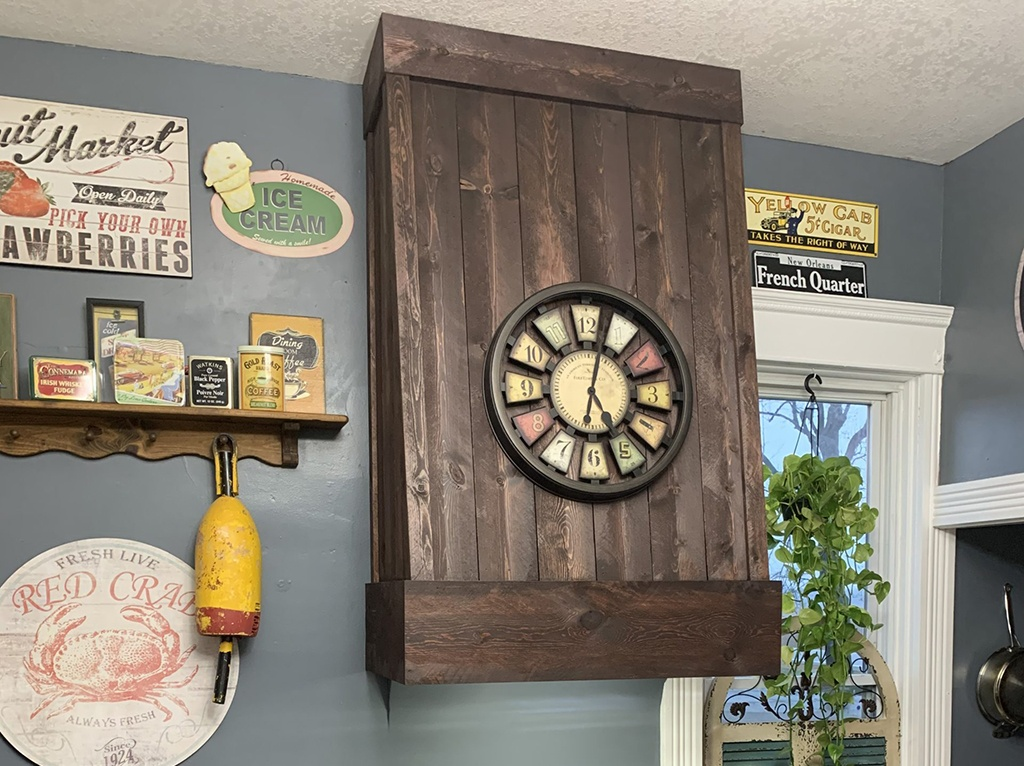 Custom Built Rustic Wood Range Hood – Hicksville, Ohio